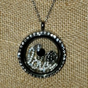 Origami Owl necklace LOVE